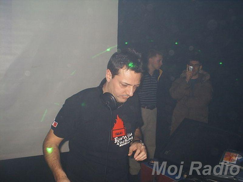 DJ MOLELA20