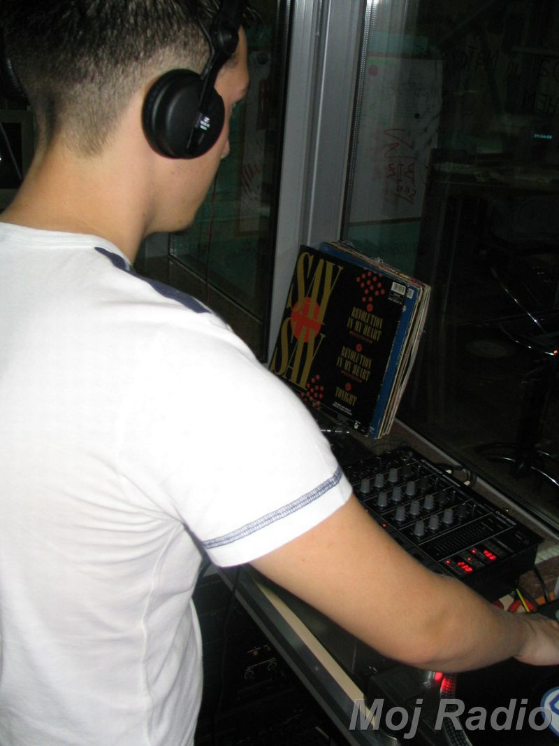 HEY MISTER DEEJAY PARTY @ MOJ RADIO August 2004 04