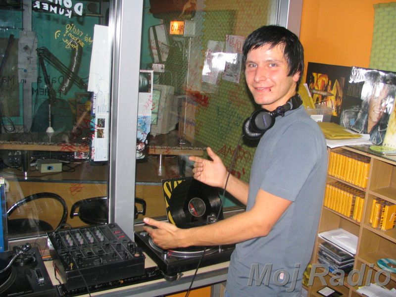 HEY MISTER DEEJAY PARTY @ MOJ RADIO August 2004 12
