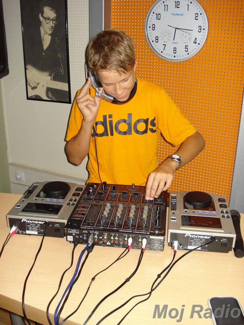 HEY MISTER DEEJAY PARTY MOJ RADIO August 2008 04