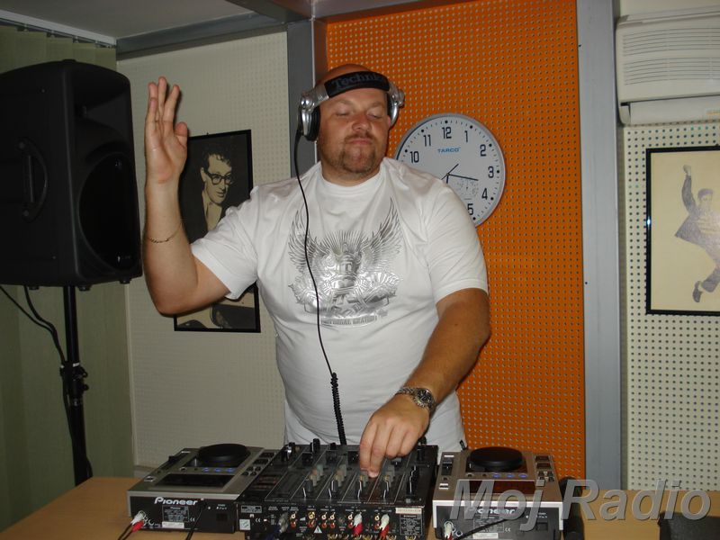 HEY MISTER DEEJAY PARTY MOJ RADIO August 2008 08