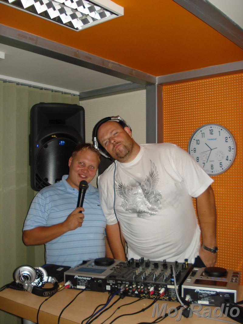 HEY MISTER DEEJAY PARTY MOJ RADIO August 2008 21