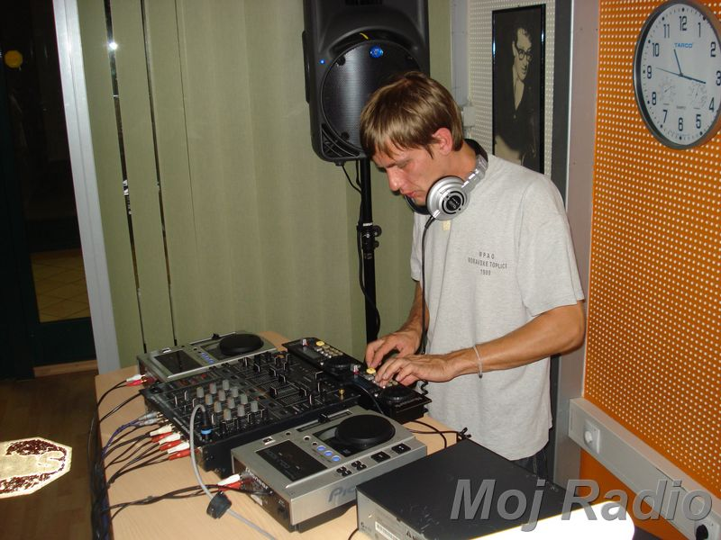HEY MISTER DEEJAY PARTY MOJ RADIO August 2008 23