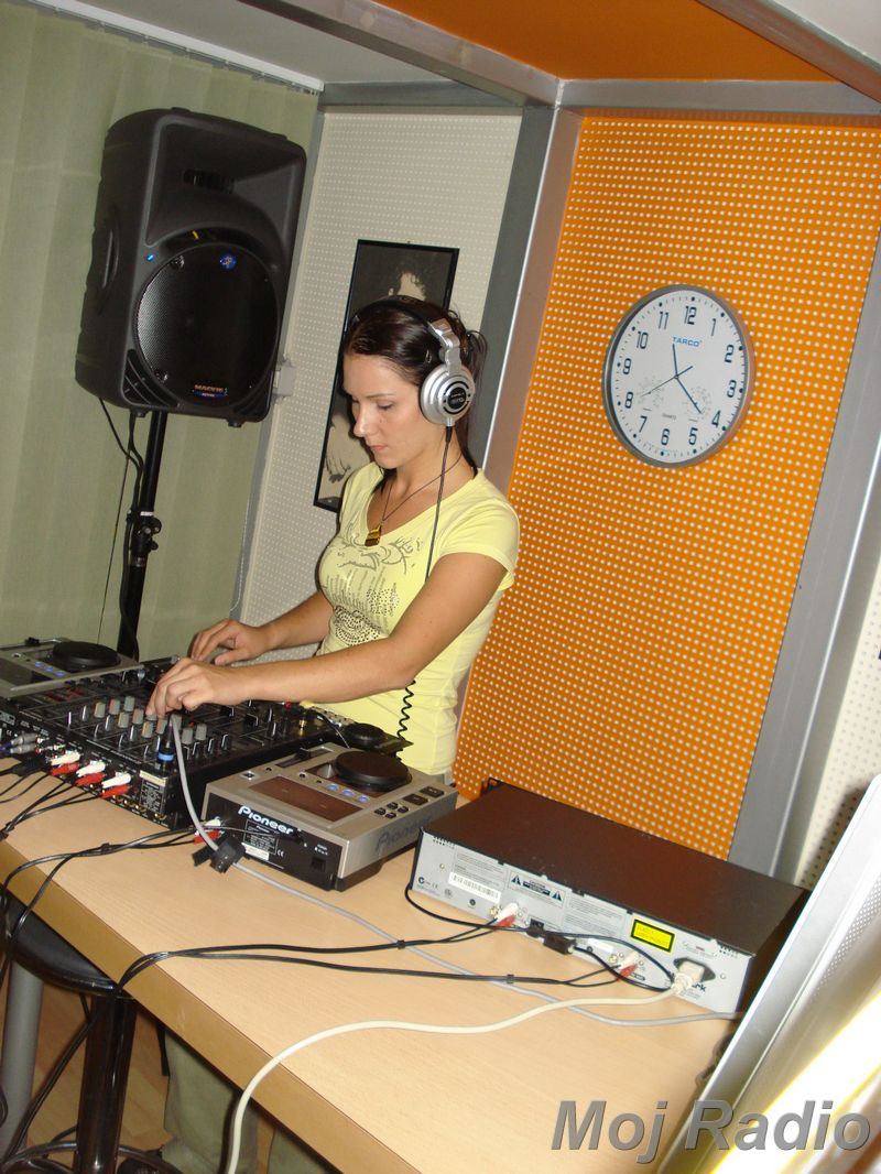 HEY MISTER DEEJAY PARTY MOJ RADIO August 2008 24