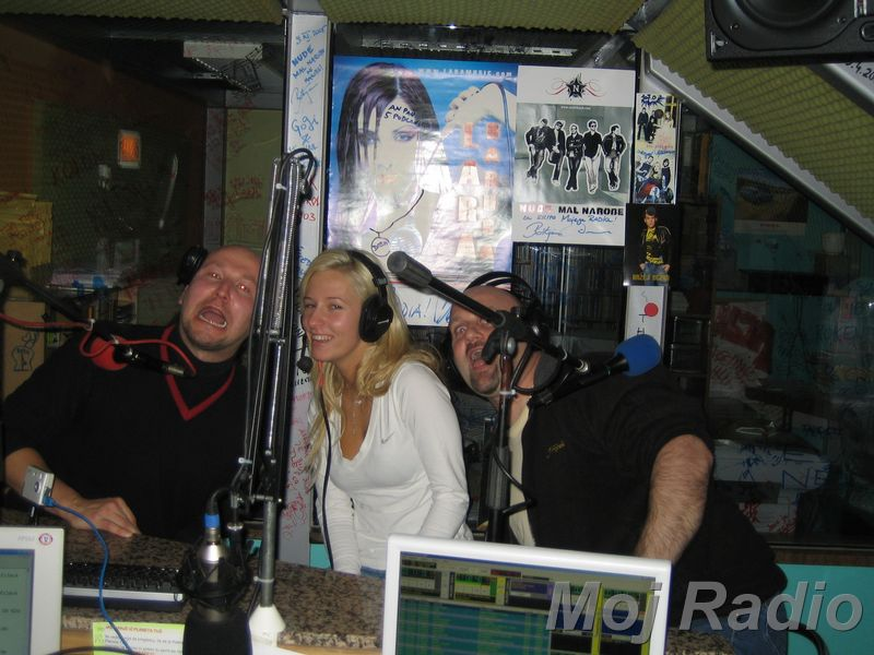 3 KRALJI in Alma (Bar Show) 12