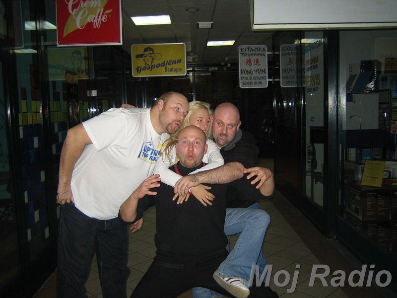 3 KRALJI in Alma (Bar Show) 17