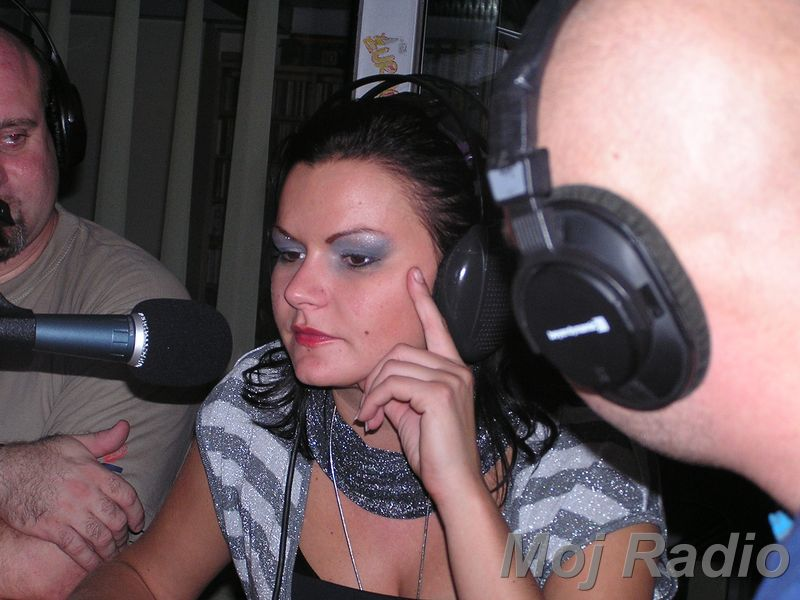 3 KRALJI in Katja (Bar Show) 07