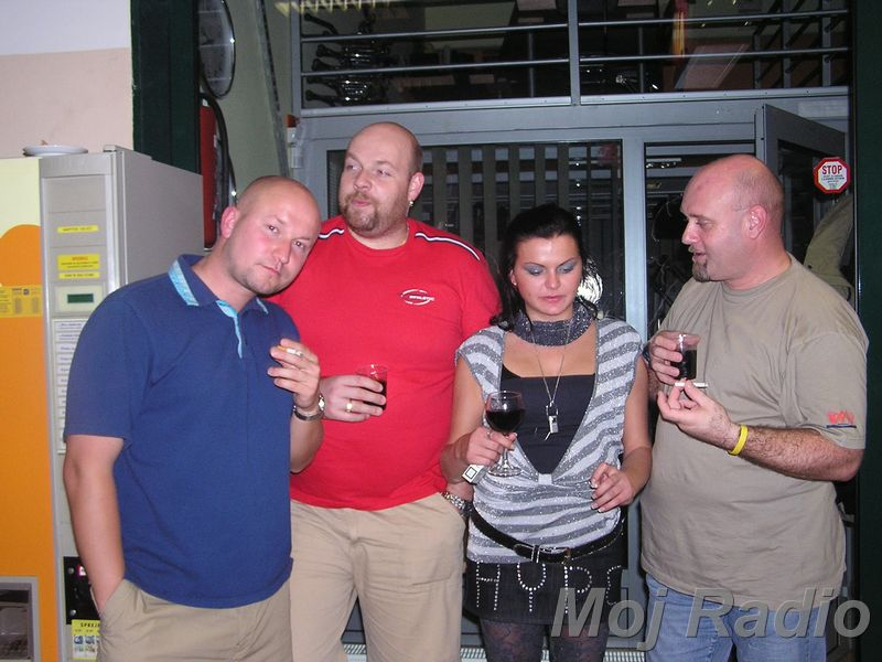 3 KRALJI in Katja (Bar Show) 15