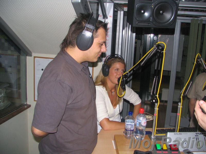 3 KRALJI in Tina Kapelj (Playboy Zajčica 2005) 09