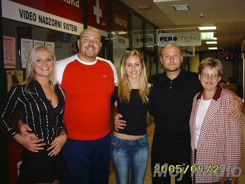 3 KRALJI in Živa Vadnov (Miss Slovenije 2004) 08